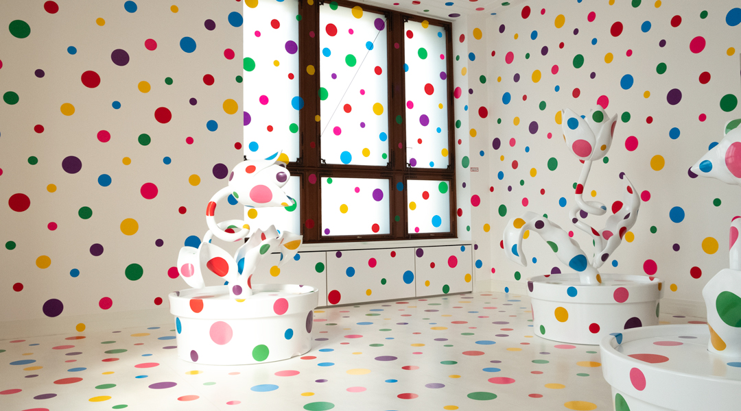 Yayoi Kusama - With All My Love for the Tulips, I Pray Forever (2013)